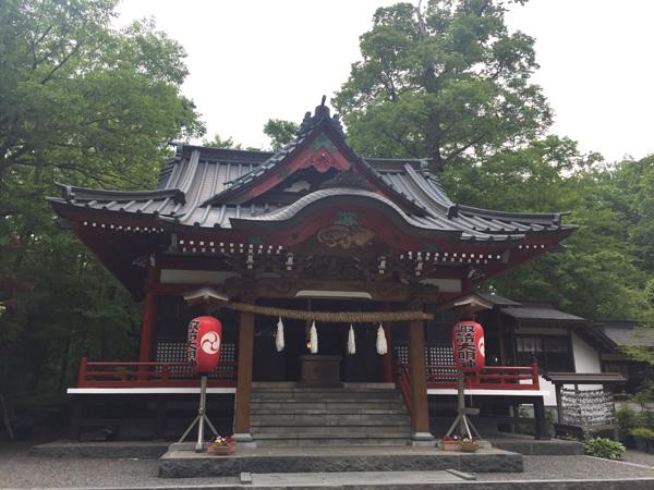 山梨 山中諏訪神社